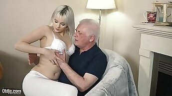 Beautiful young blonde blowjob and cum in pussy