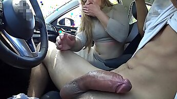 Aroused slut gets her anus penetrated by enormous dick