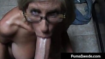 Classy euro Gives a blowjob to the cumshot