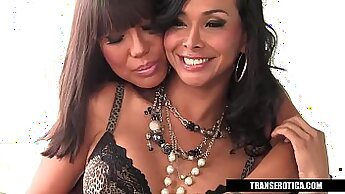 Asian Tranny Kay lets Tess suck her huge cock