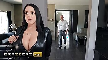Angela White in Big Tits Changing Daddys House