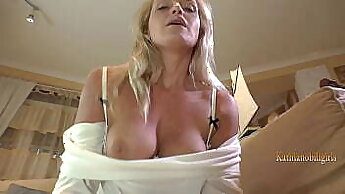 Amateur Mom In Gold On Table