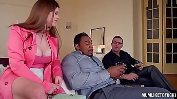 British MILF Emily Iron gets double penetrated