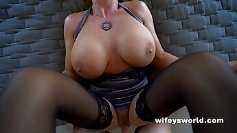 couple in abys Hall Pewter dick swallowing