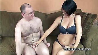 Babe Gives Blowjob and Swallows from Hidden Cam