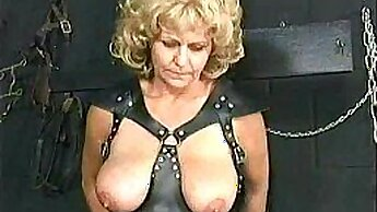 Busty AV slave Rachel Dawn exposed receiving mixed pussy