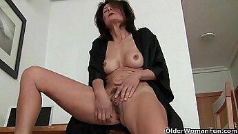 Ariella Ferrera fucks busty grandma