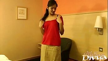 Curly Indian teen amateur shaking her butt duds on home video