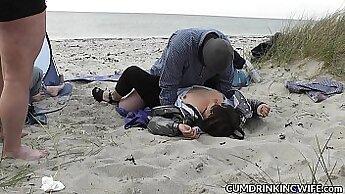 Amateur porn slut fucked at the beach