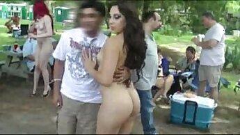 Amazing Girl Enjoys Being Naked In Public
