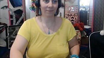 Big Boobs Mature Ex Wearing Glasses On Cam Show