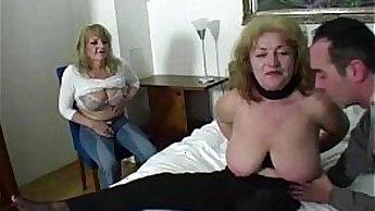Bootyful chick Grace enjoys ridding a penis